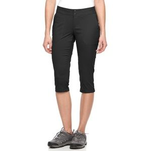 NWT Columbia Zephyr Heights Capris Black